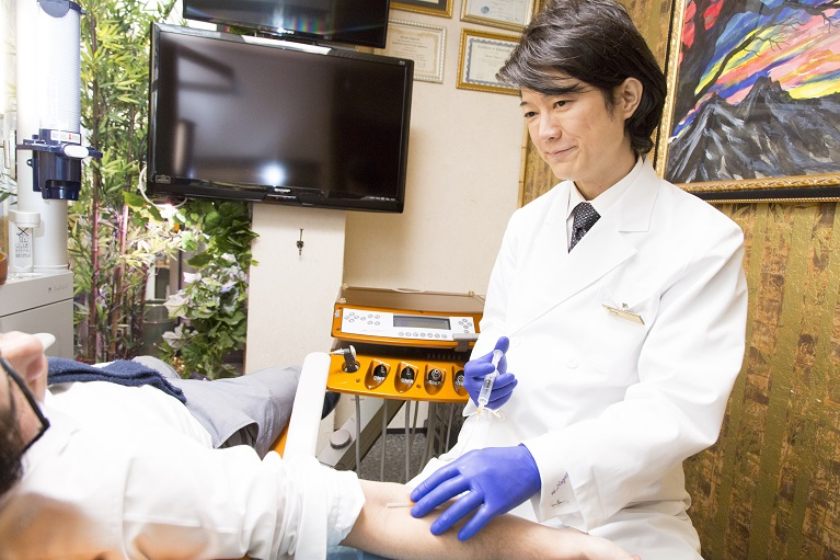歯科治療と美容治療を並行して受けられる